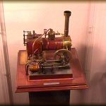 Modello di macchina a vapore costruita da Gastone Russi